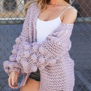KismetsKloset Sweaters - 🎉🎉HP!!🎉🎉Bubble Sleeve Pom Pom Cardigan